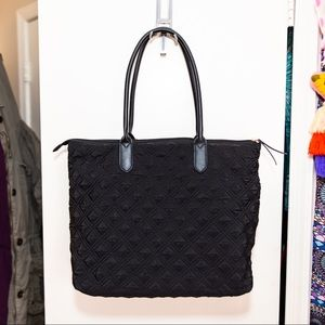 Large quilted tote bag, with padded laptop section